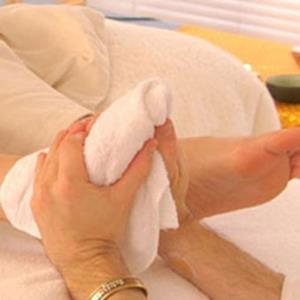 khan-massage-foot-136612-22488f1427.jpg