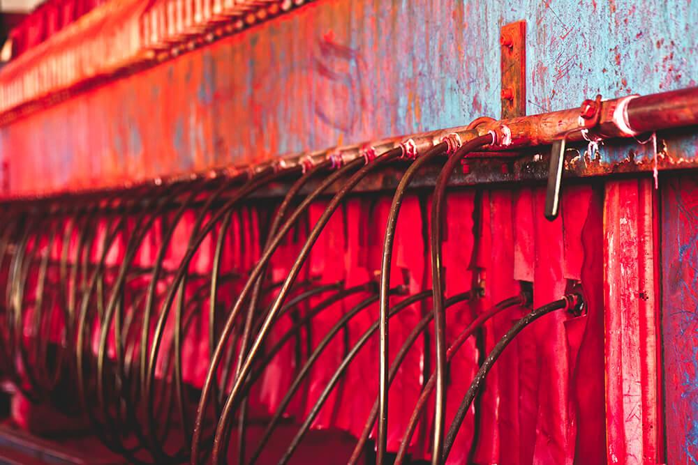 Để tiết kiệm chi phí mà rất nhiều cơ sở đã sử dụng những hóa chất độc hại trong quá trình sản xuất những chiếc khăn bông kém chất lượng